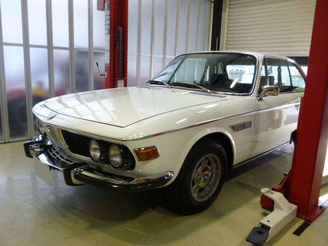 BMW 3.0CS E9のフルレストア